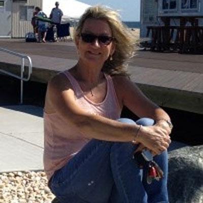 Lorraine Riscinti